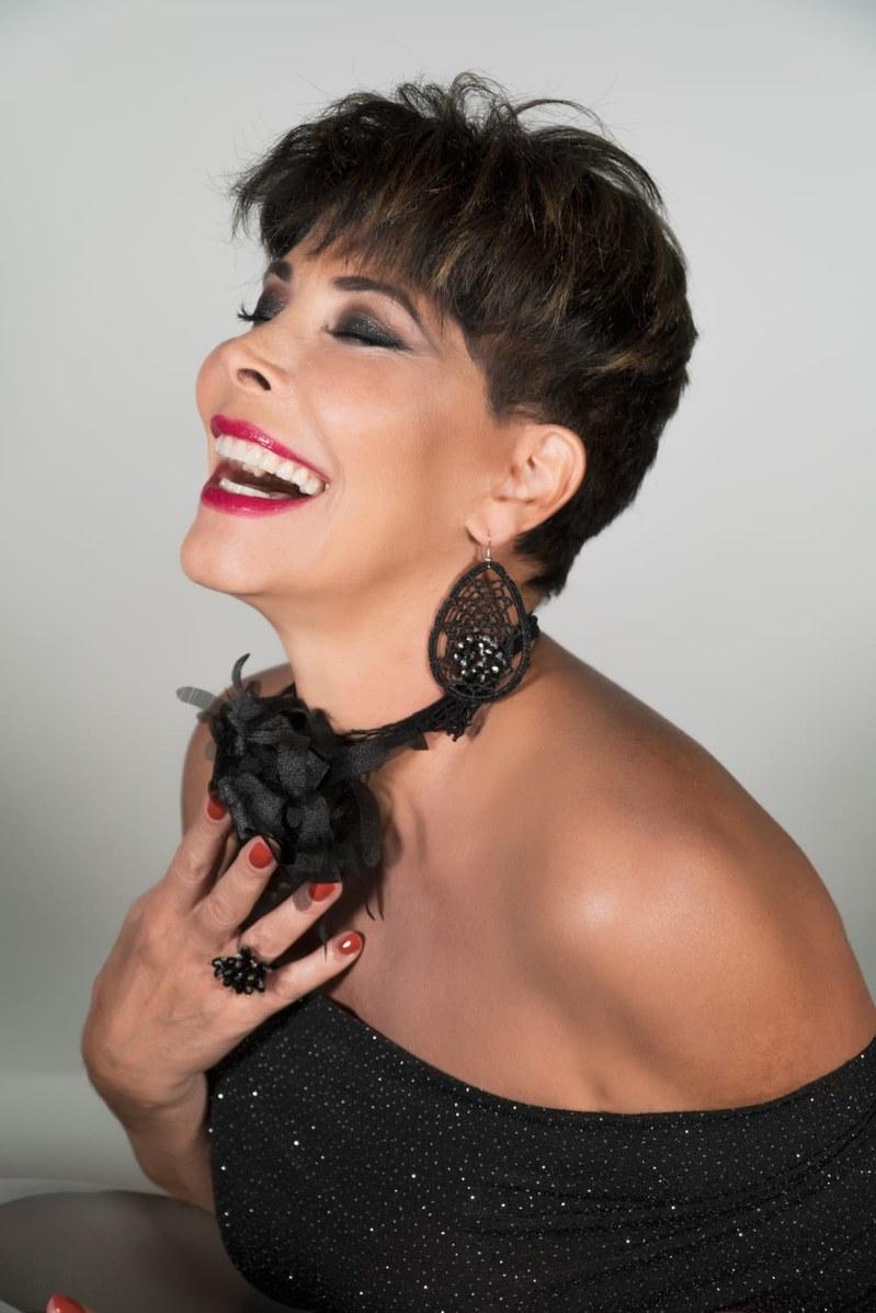 Milly DAbbraccio: il primo brano da cantautrice   SYSTEM